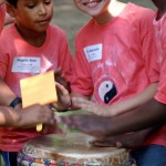 04_Multi-Ethnic-Kids-Drumming_Pic-609